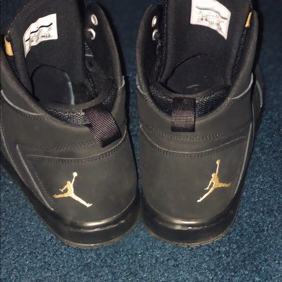 88b23525534 Jordan Other - Black   Gold Men s Jordan s
